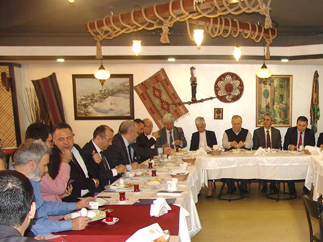 Perpa Banka Müdürleri ile Kahvaltı