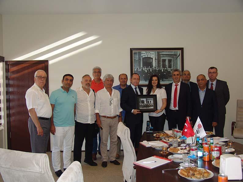 TBMM Başkan Vekili Akif Hamzaçebi Perpa'yı ziyaret etti