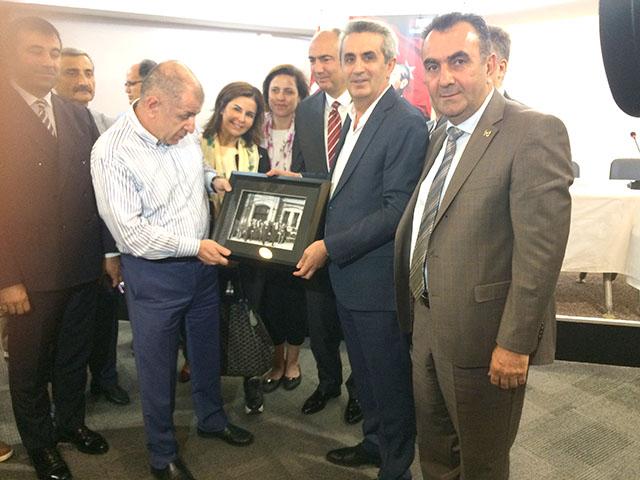 İYİ Parti Adayları Perpa'yı Ziyaret etti