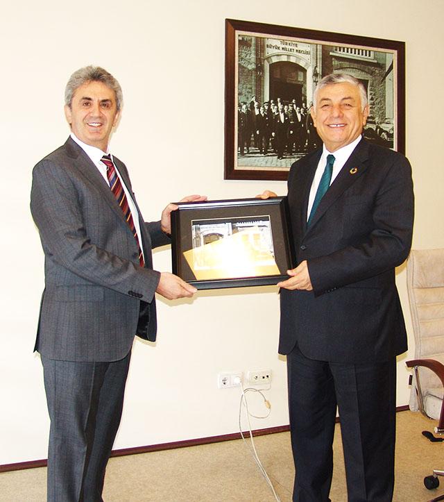 Sarıyer Belediye Başkanı Şükrü GENÇ Yöneticiliğimizi ziyaret etti